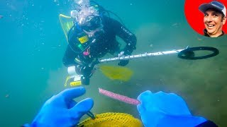Found Knife and Coast Guard Boat Metal Detecting Underwater