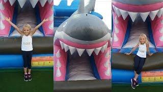 ЧЕЛЛЕНДЖ.  Большой надувной батут акула.  Веселимся и играем на батуте