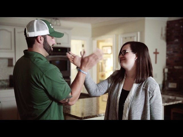 Adams Exterminator -  Handshake Girl