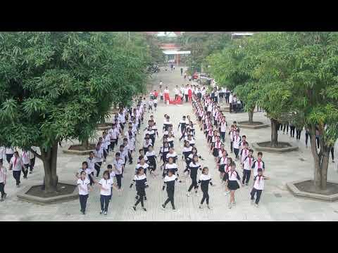 Múa dân vũ khối cấp 2 trường PT Hermann Gmeiner Vinh