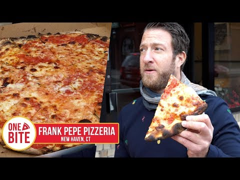 Barstool Pizza Review - Frank Pepe Pizzeria Napoletana (New Haven, CT)