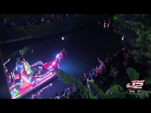 VIDEO: Hundreds celebrate Christmas kickoff the San Antonio way