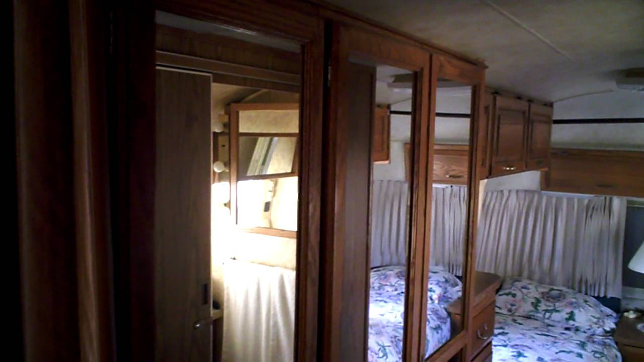 AIRSTREAM FOR 3272012 SALE 198932ft EXCELLA 1000
