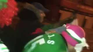 أغنية الكابتن ماجد بعد فوزالجزائر على السنغال في كاميون تموت بضحك 2015  مراض حنا السكيكدية مراااااض