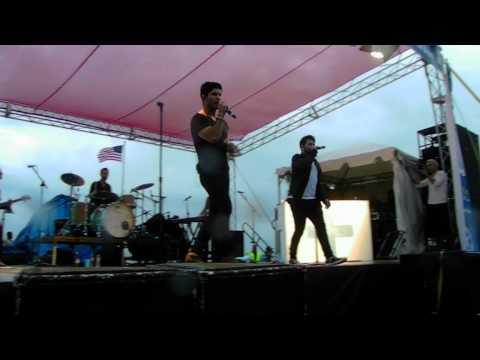"Dan + Shay Singing ""Party Girl"" Live"