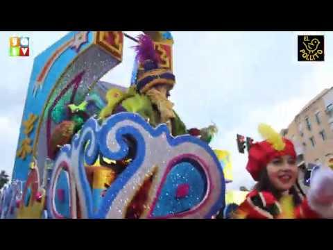 La Cabalgata de Reyes recorre las calles de Algeciras repartiendo ilusión