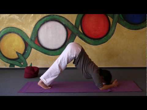 elbow-stand---yoga-headstand-variation