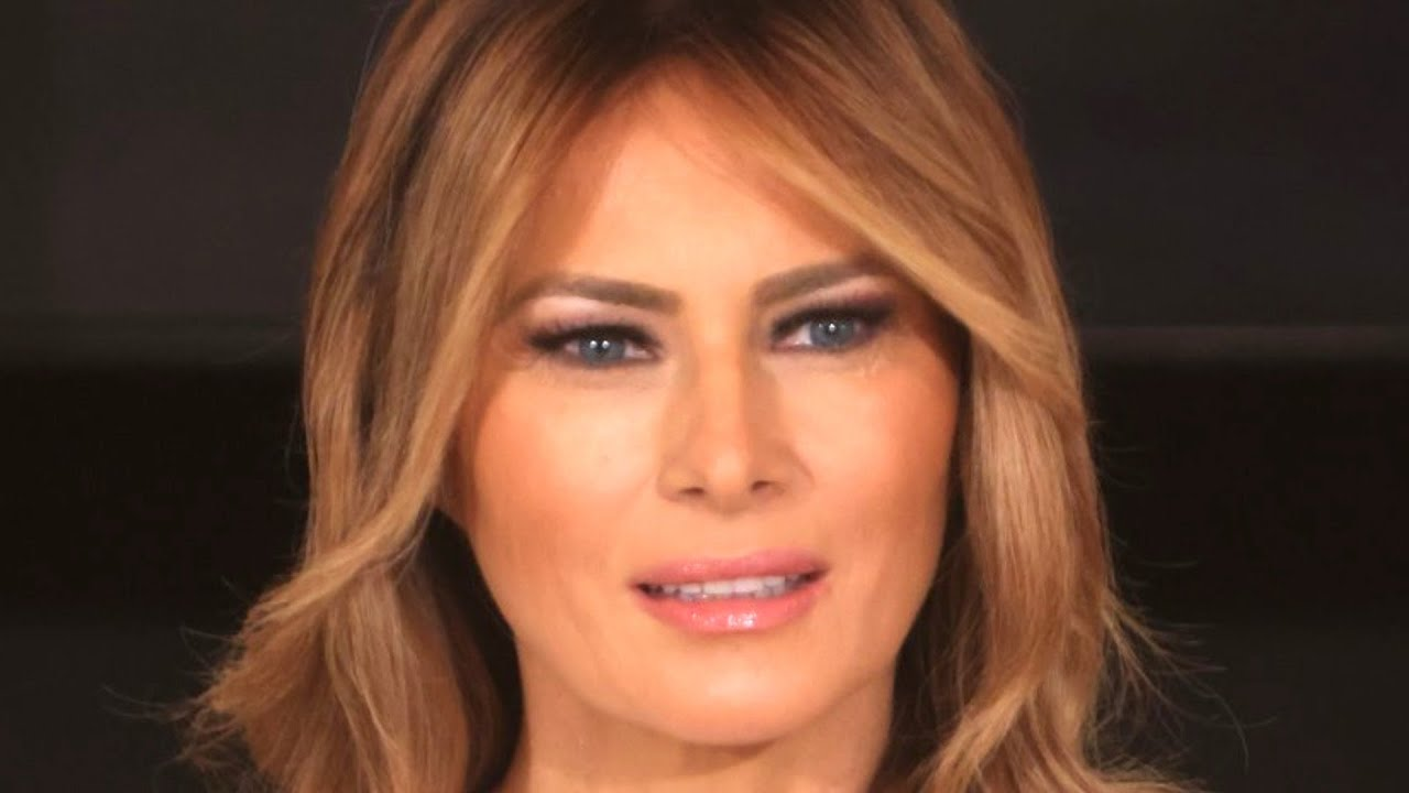 Melania Trump Did One Last Quick Change on Her Way to Mar-a ...