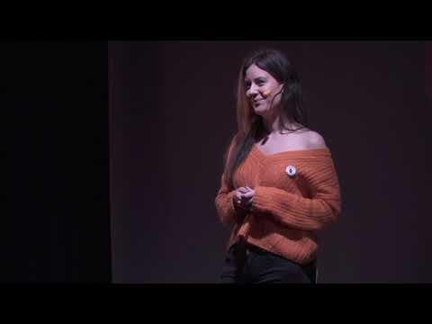El feminismo hegemónico es machista | Marina de la Torre | TEDxChamberi