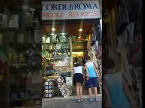 31 TUTTI FANNO UN SALTO DA RICORDI DI ROMA IN VIA DELLA STAZIONE DI SAN PIETRO 10 A ROMA
