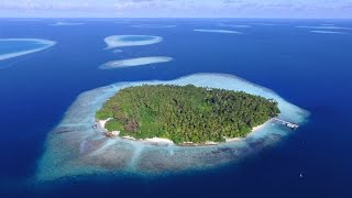 Maldives - Biyadhoo island - Как недорого отдохнуть на Мальдивах - DJI Phantom 3(Как недорого отдохнуть на Мальдивах? Получилось путешествие и отдых в 2015 г. не дороже, чем Турция или Египет...., 2015-09-23T19:54:33.000Z)