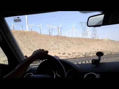 Wind ENERGY Windmills in PALM SPRINGS California