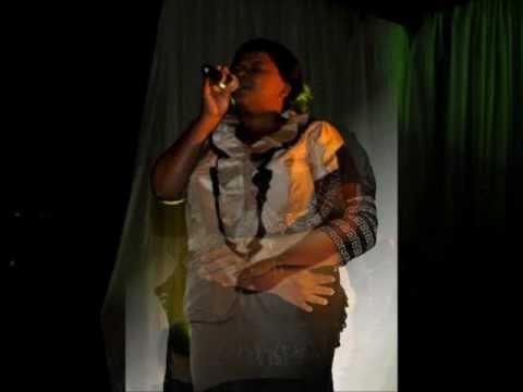 Nxa singena- Hlengiwe Mhlaba & Thobekile