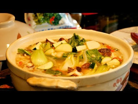 How to make Hot Pot Vegetable Soup (Easy Recipe)