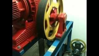 Hochhaus Aufzugsantrieb u. Schachtfahrt aus dem Maschinenraum