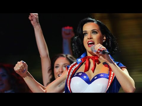 Super Bowl Bets: What Will Katy Perry Wear at Halftime?