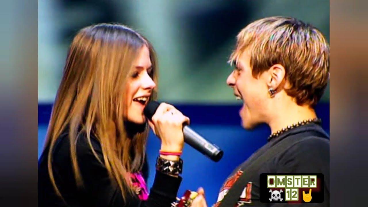 Avril Lavigne - Complicated (Remastered) Live THDM 2002 HD