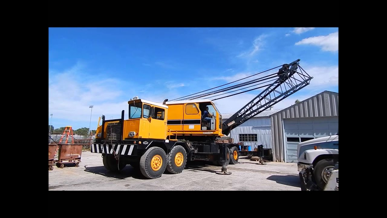 American 7450 Truck Mounted Lattice Boom Crane For Sale