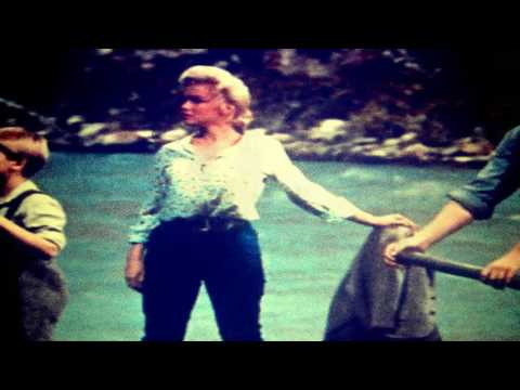 ROBERT MITCHUM 'RIVER OF NO RETURN ' theme 1954 (Robert Mitchum Marilyn Monroe)