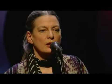June Tabor sings Lili Marlene