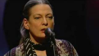 June Tabor sings Lili Marlene