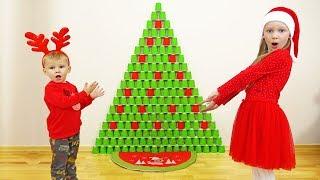 Почему пропала Елка и подарки? Новогодняя елка из стаканчиков!