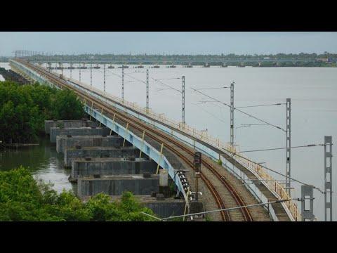 Longest Railway Bridge in India | Vembanad bridge, Kerala