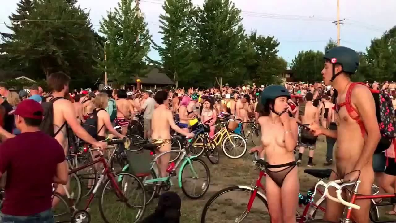Naked bike riders oregon