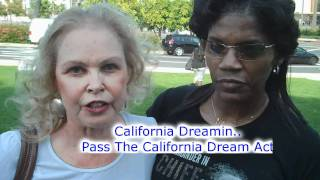 Michelle Phillips Performs California Dreamin...Interview