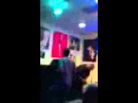 Stray cat strut karaoke