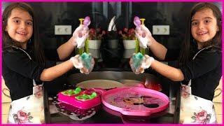 RÜya BulaŞik Yikiyor, Kİrlenen Oyuncak Mutfak EŞyalarini Yikiyor