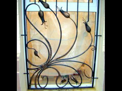 Решетка на окно КОВАНЫЕ ТЮЛЬПАНЫ, узор с цветами из металла