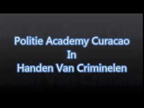 Politie academy curacao in handen van criminelen Look at the face they give me all are ugly !!!