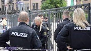 Polizeigewalt Deutschland - Bilderberg Police Protect Building Full of Monsters