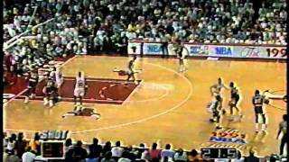 "SAM PERKINS AKA ""SLEEPY SAM"" HITS A BIG SHOT 1991 FINALS LAKER VS. BULLS"