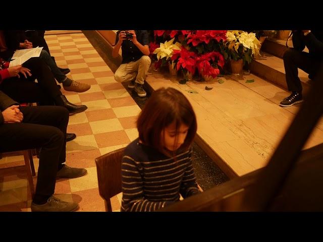 Chloe (9) performs Greensleeves