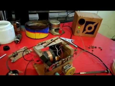 Crystal radio using LED as detector