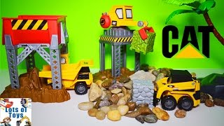 Mighty Machines and Boulder Drop Construction Site CAT Mini Playset Forklift Dump Truck