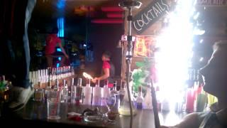 Танцы на стойке бара, Sunny, Алания, Турция
