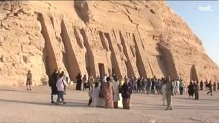 ظاهرة فلكية في مصر .. تعامد الشمس مع تمثال رمسيس الثاني