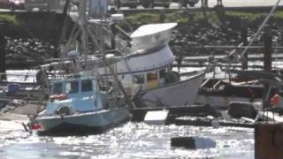 Tsunami destroys Crescent City Harbor 3/11/11 (HD)
