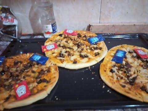 صورة  طريقة عمل البيتزا اسهل طريقه لعمل البيتزا والمينى بيتزا طريقة عمل البيتزا من يوتيوب