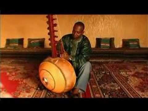 Toumani Diabate plays the Kora