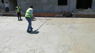 Fırçalı saha betonu Tepsi uygulaması