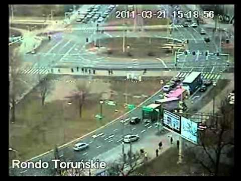Wypadek Na Rondzie Toruńskim W Bydgoszczy 21.03.2011