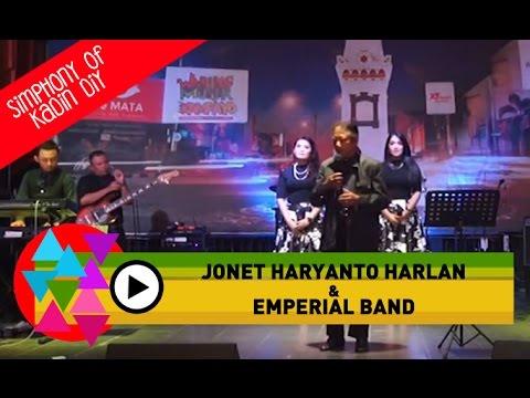 Biarlah Bulan Berbicara by Emperial Band at Warung Musik Kampayo