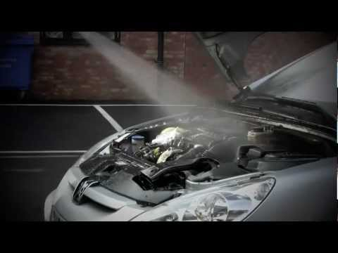 How to clean your cars engine safely with simon nixon youtube how to clean your cars engine safely with simon nixon malvernweather Choice Image