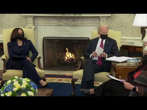 CHINA's Premiere Slave Makers Joe Biden and Kamala Harris Receive an Economic Briefing - Januar
