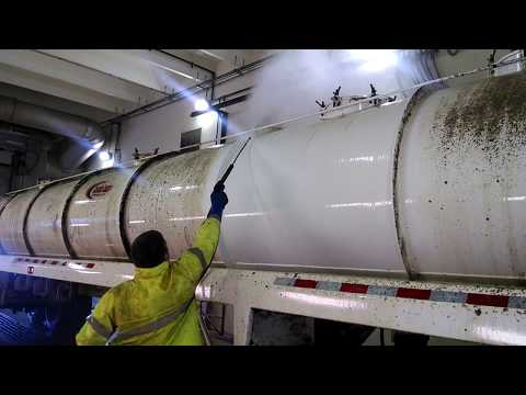 Degreaser on Oil Field Truck Tanker with Chemical Detergent
