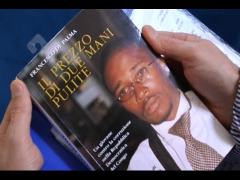 """Napoli - """"Il prezzo di due mani pulite"""", il libro sul martire congolese Bwana Chui (08.10.15)"""